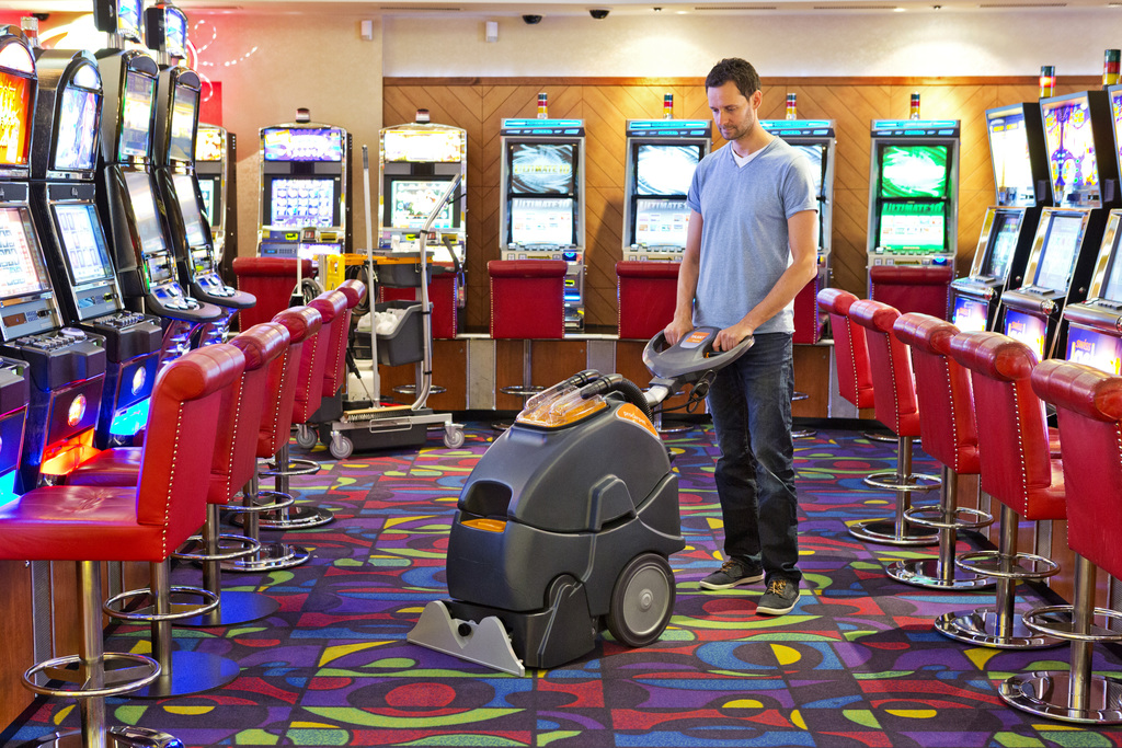 Cm Two Carpet Cleaning Machines In One