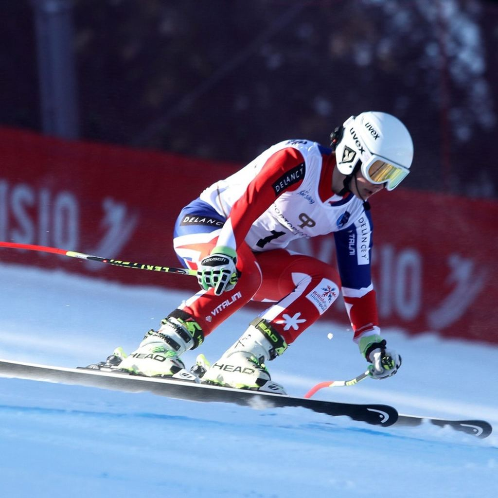 cb4d215860 HSM - uvex helmet protects young Paralympic skier
