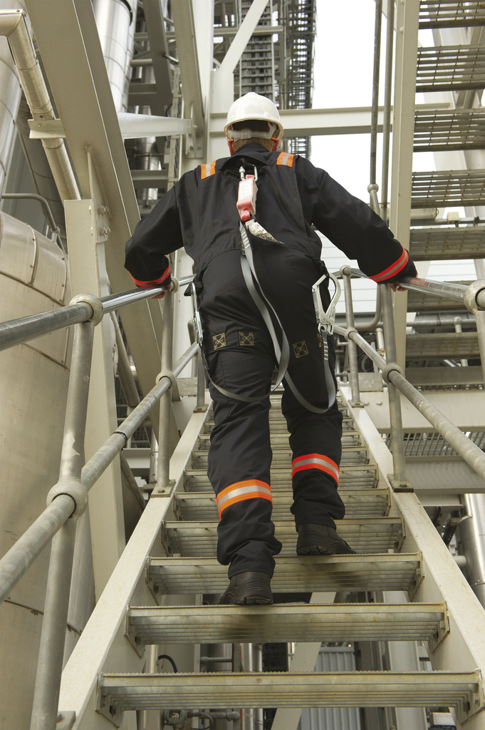 20151021FRNH hsm fall arrest coverall