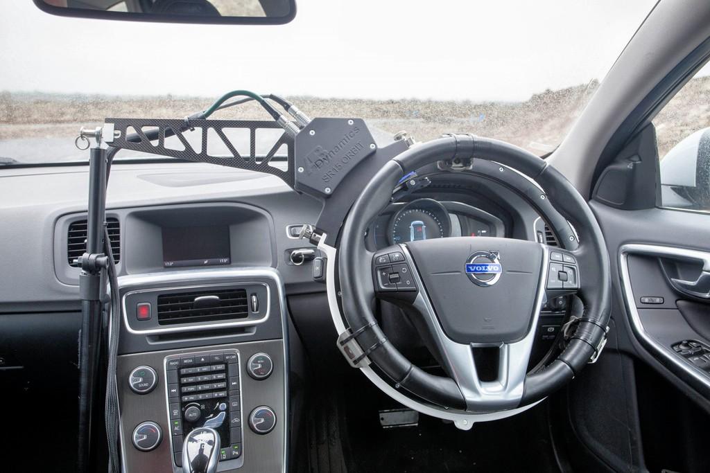 CDA - Steering robot uses custom motor